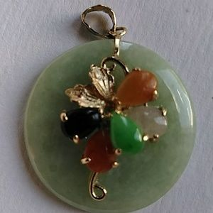 Jewelry - Vintage 14k Yellow Gold and Jade Pendant